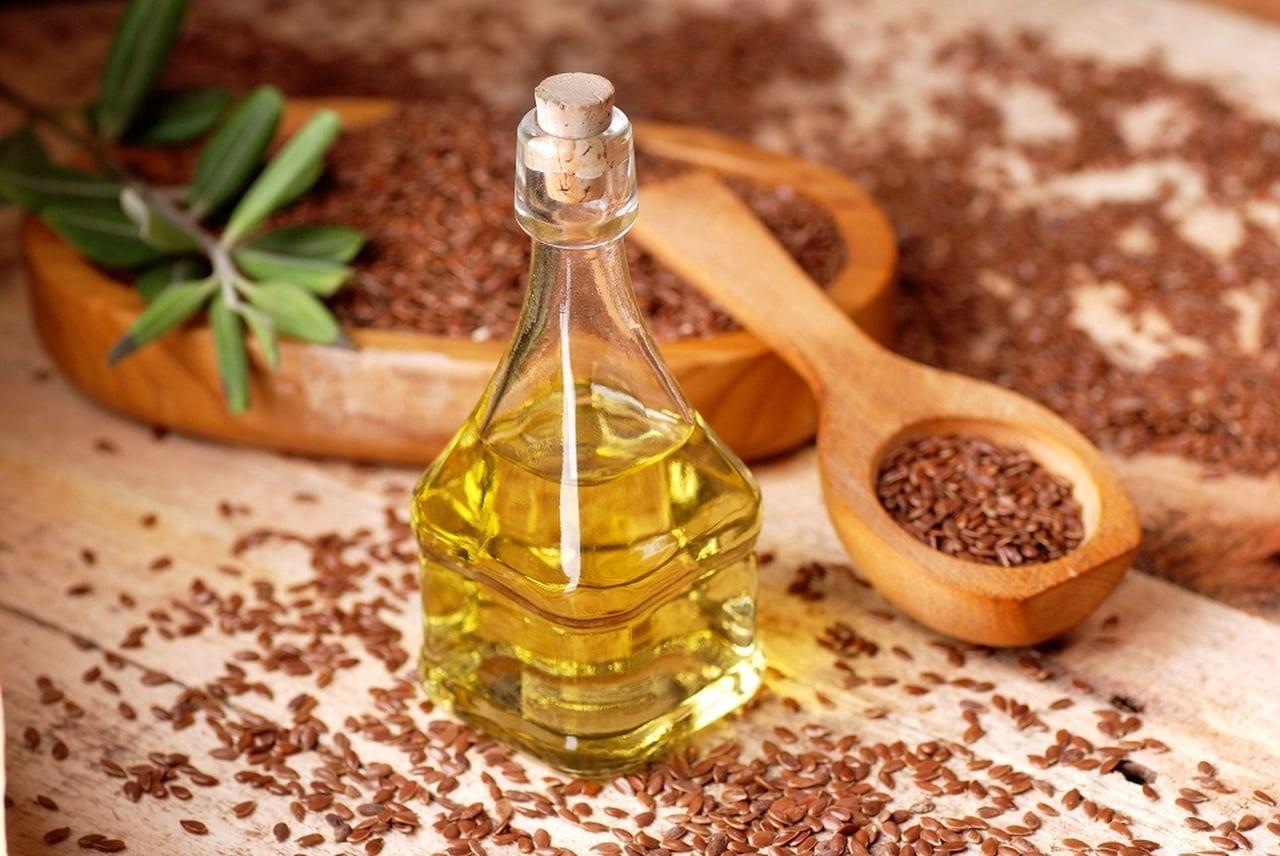 Льняное масло для роста бороды